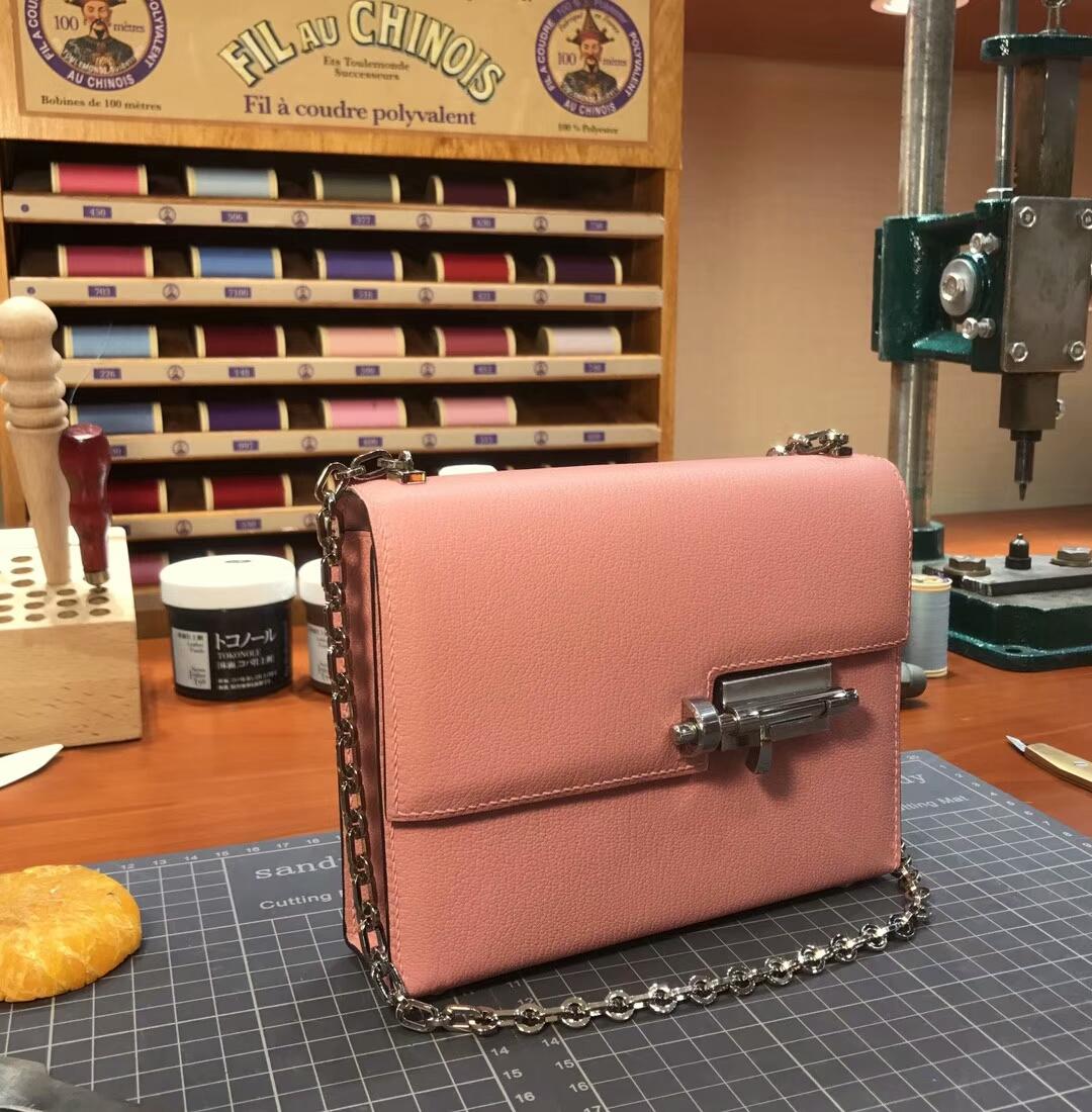 HERMES 爱马仕 手枪包 Verrou Chain 3L 玫瑰茶粉 rose tea 配全套专柜原版包装
