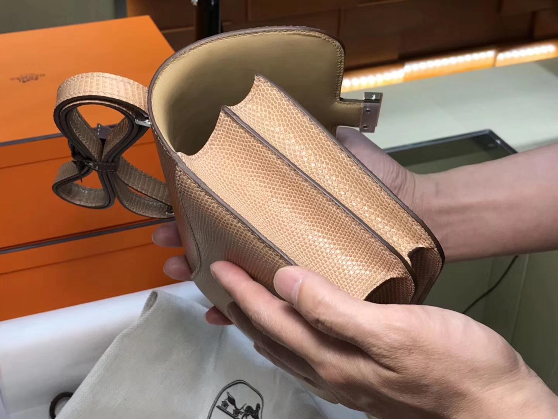 Hermes 爱马仕 空姐包 Constance 蜥蜴皮 cc14杏色beige 定制15-20天发货 配全套专柜原版包装