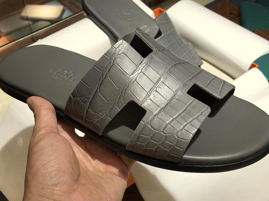 Hermes 鳄鱼皮男士拖鞋 铁灰 Crocodile leather 意大利树羔皮底 手工缝制工艺 高端订制
