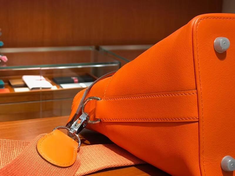 HERMES 爱马仕 专柜新款 Toolbox Swift 牛奶盒 20cm 橙色