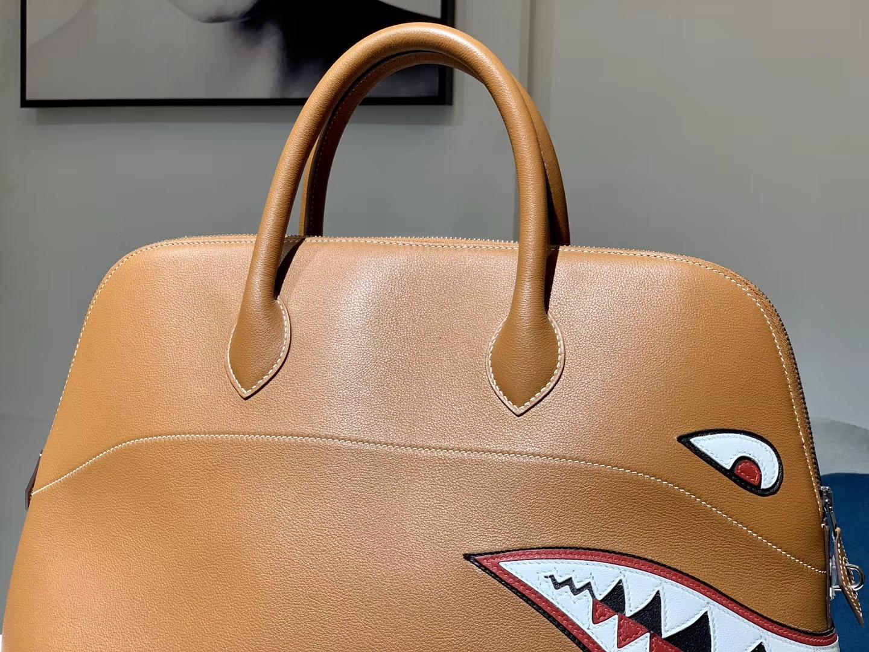 HERMES 爱马仕男包 林俊杰同款鲨鱼包 金棕色