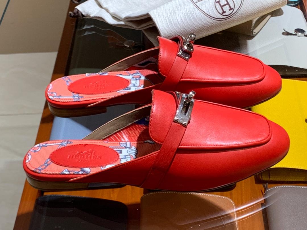 H家 独家品质 秋冬新款女款 迷你凯莉mini Kelly扣一脚蹬拖鞋  意大利树羔皮底 纯手工缝制工艺