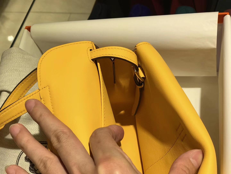 HERMES 爱马仕 Halzan swift 琥珀黄 配全套专柜原版包装