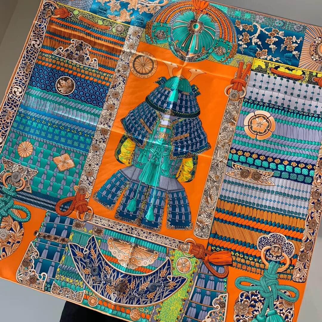 H 90 海报款—《武士的服饰》  精致手工卷边 橙色