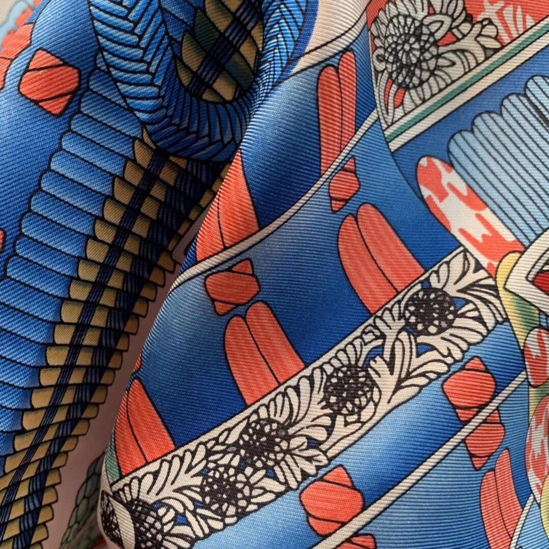 H 90 海报款—《武士的服饰》  精致手工卷边 粉色