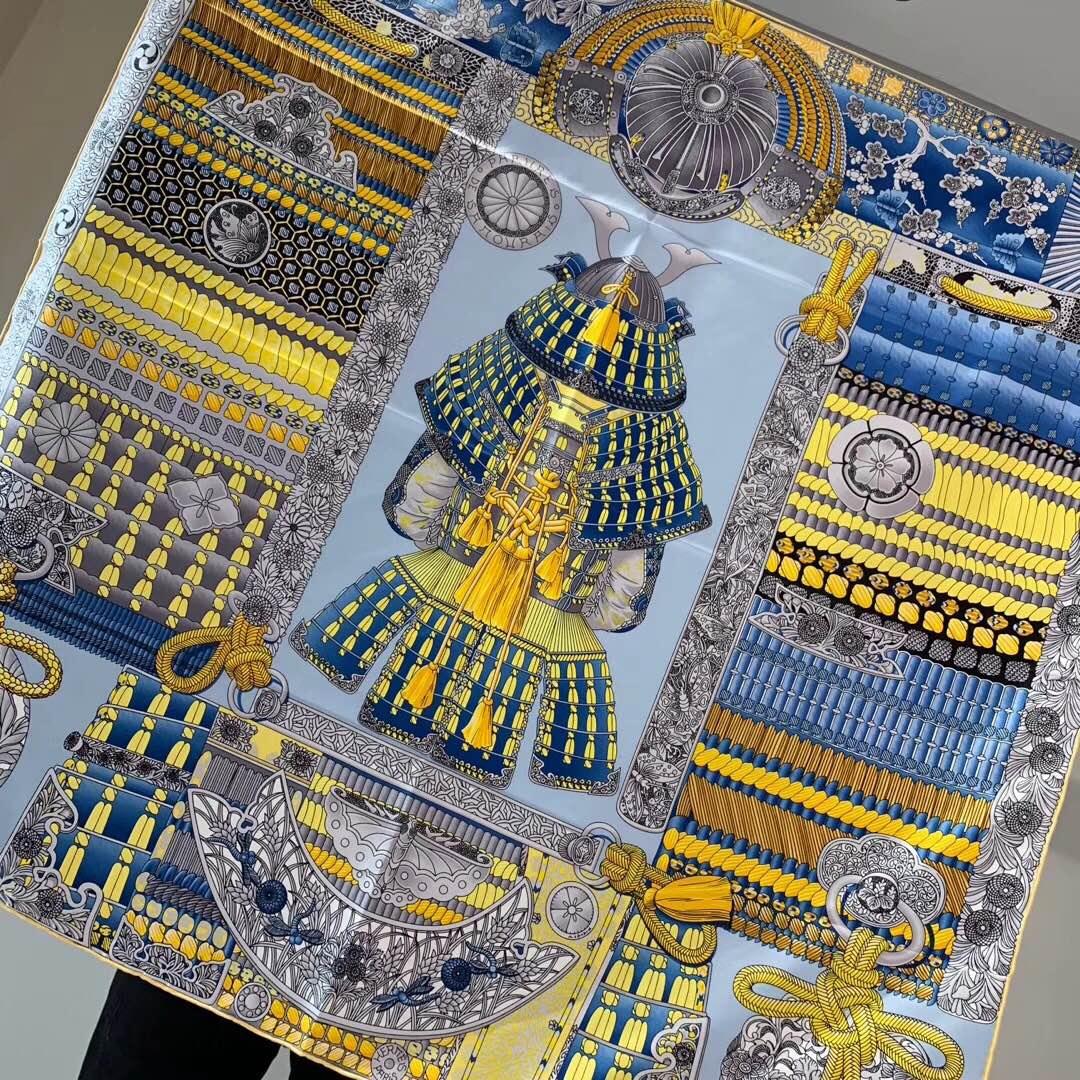 H 90 海报款—《武士的服饰》  精致手工卷边 蓝色