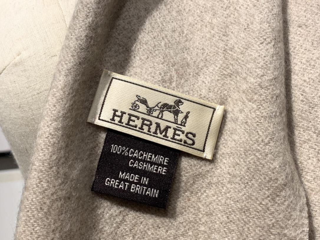 爱马.士 2020新款羊绒围巾 奶昔白 两用AB面 情侣款 男女通用 30*180cm 5A级纯羊绒 原版全套包装