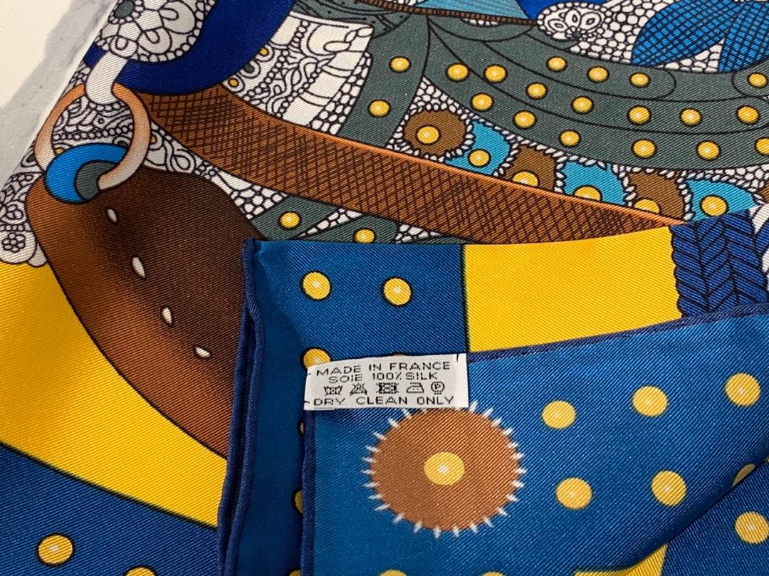 HMS  真丝方巾 《高贵的马鞍》 黄色 足足18姆米  100%斜纹真丝 90*90cm 原版包装